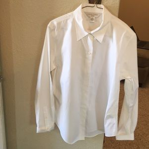 4/$13 Med white crisp shirt...button down
